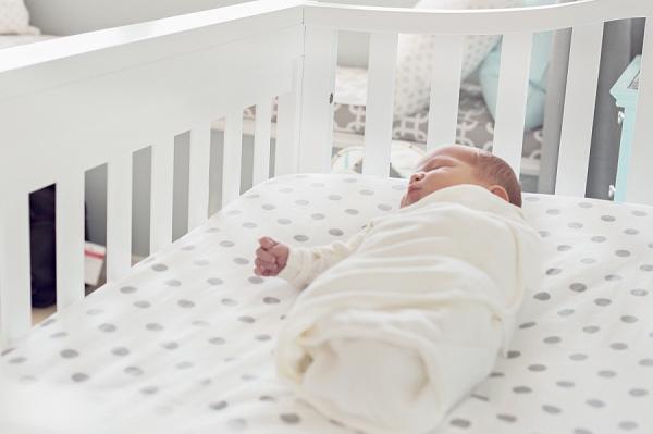 toronto-newborn-lifestyle-photography (12).jpg