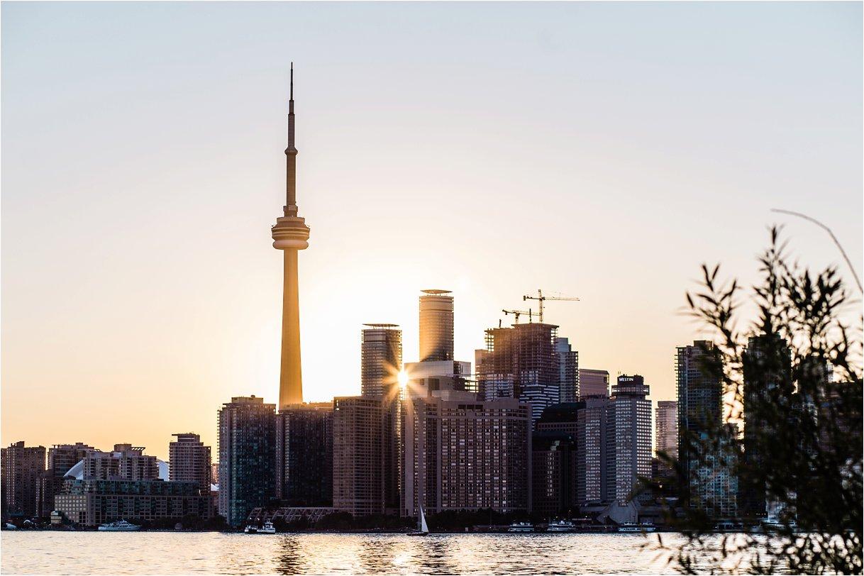 Toronto Island Engagment Photography_0008.jpg