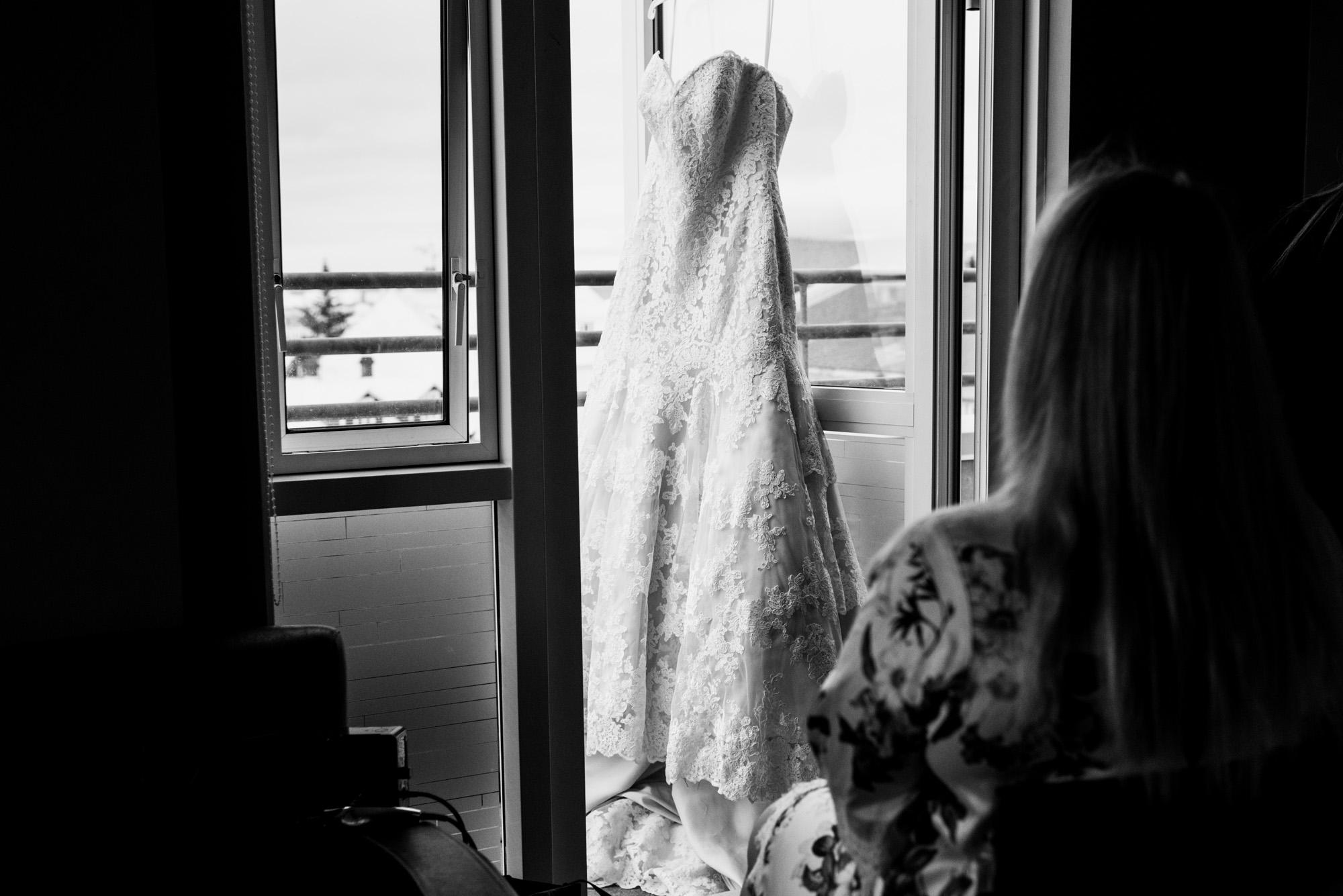 Iceland Wedding Thingviller Park Wedding-81.jpg
