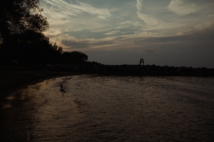 collingwood-beach-engagement-love-bee-photography58.jpg