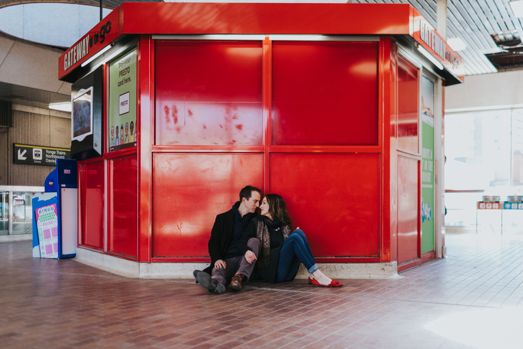 toronto-subway-engagement-photos-217.jpg