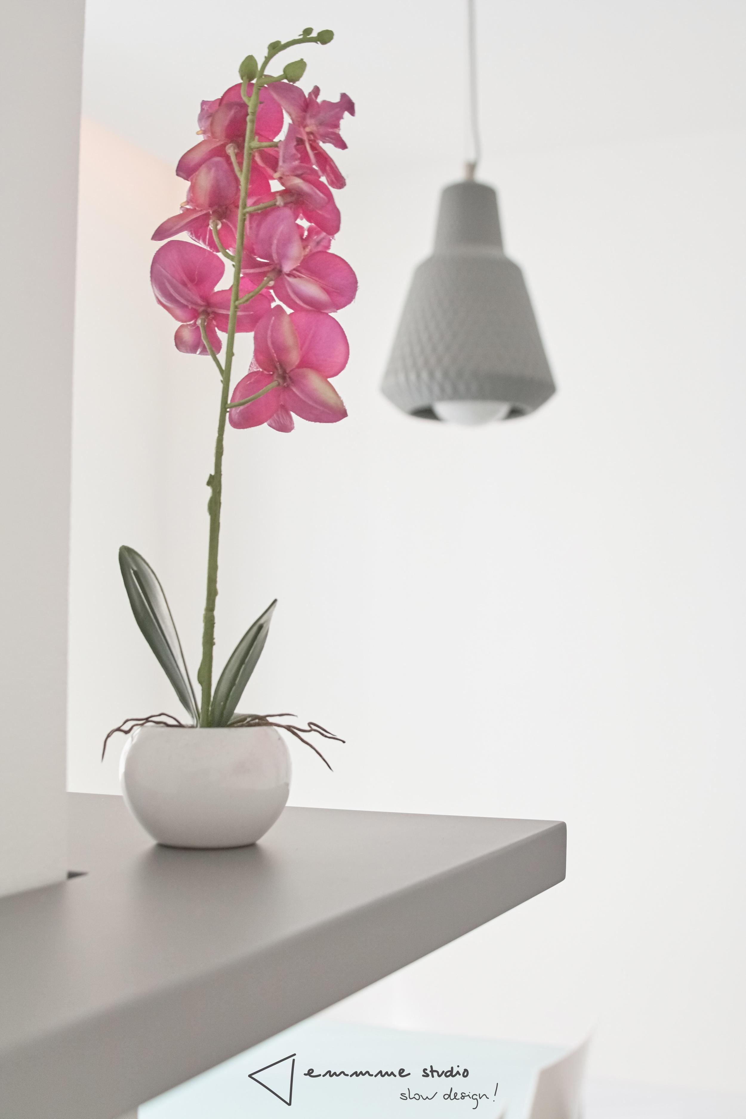 emmme studio_la cocina de Fernando y Laura_detalle lámpara Deleite Design.jpg
