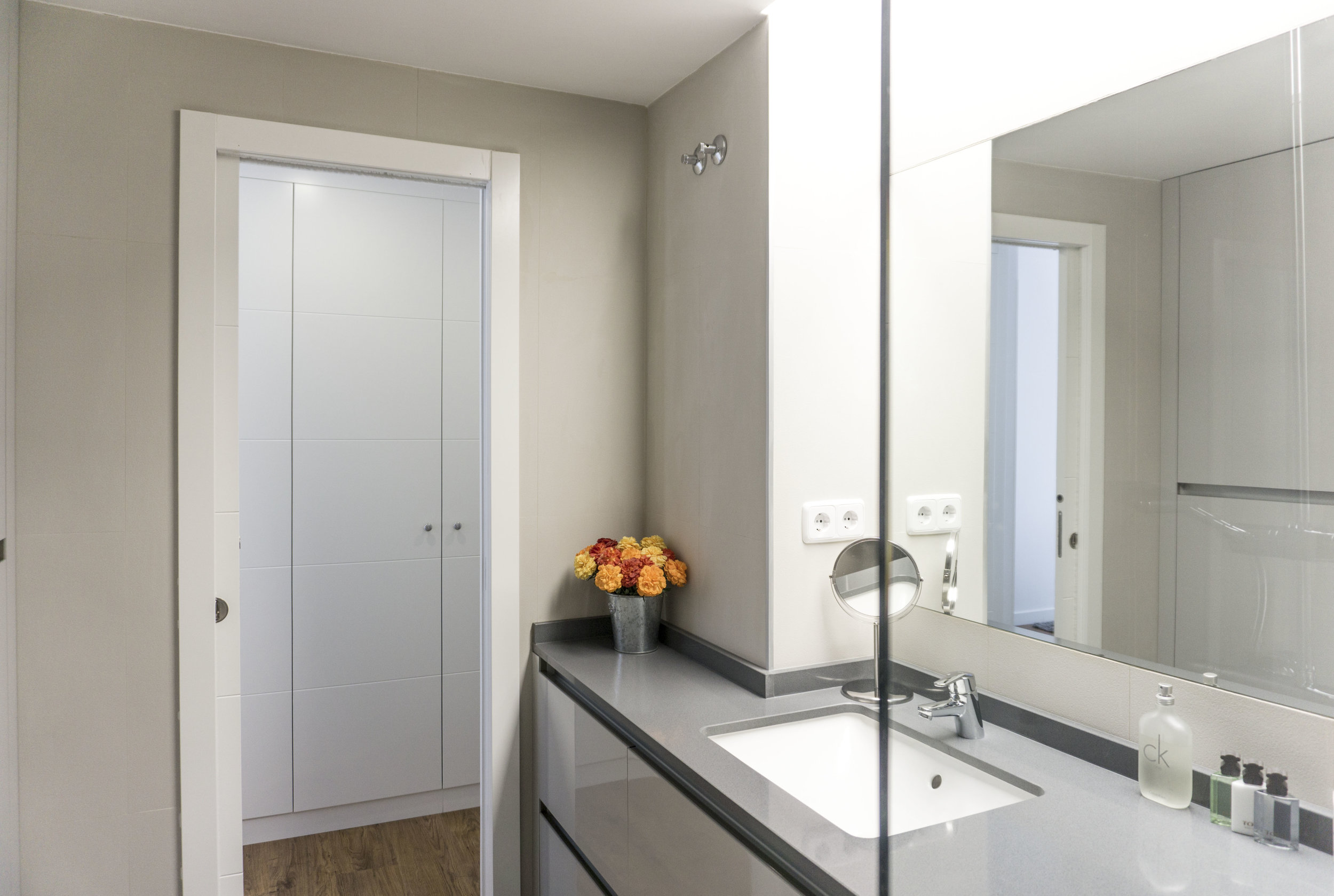 diseño reformas slow emmme studio baño principal Teresa y Jose Luis - 08 - SM.jpg