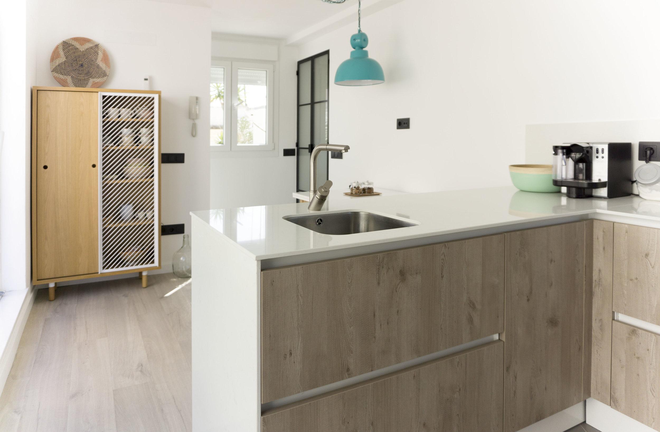 emmme studio AD cocina office el hogar de Laura y Pedro.jpg
