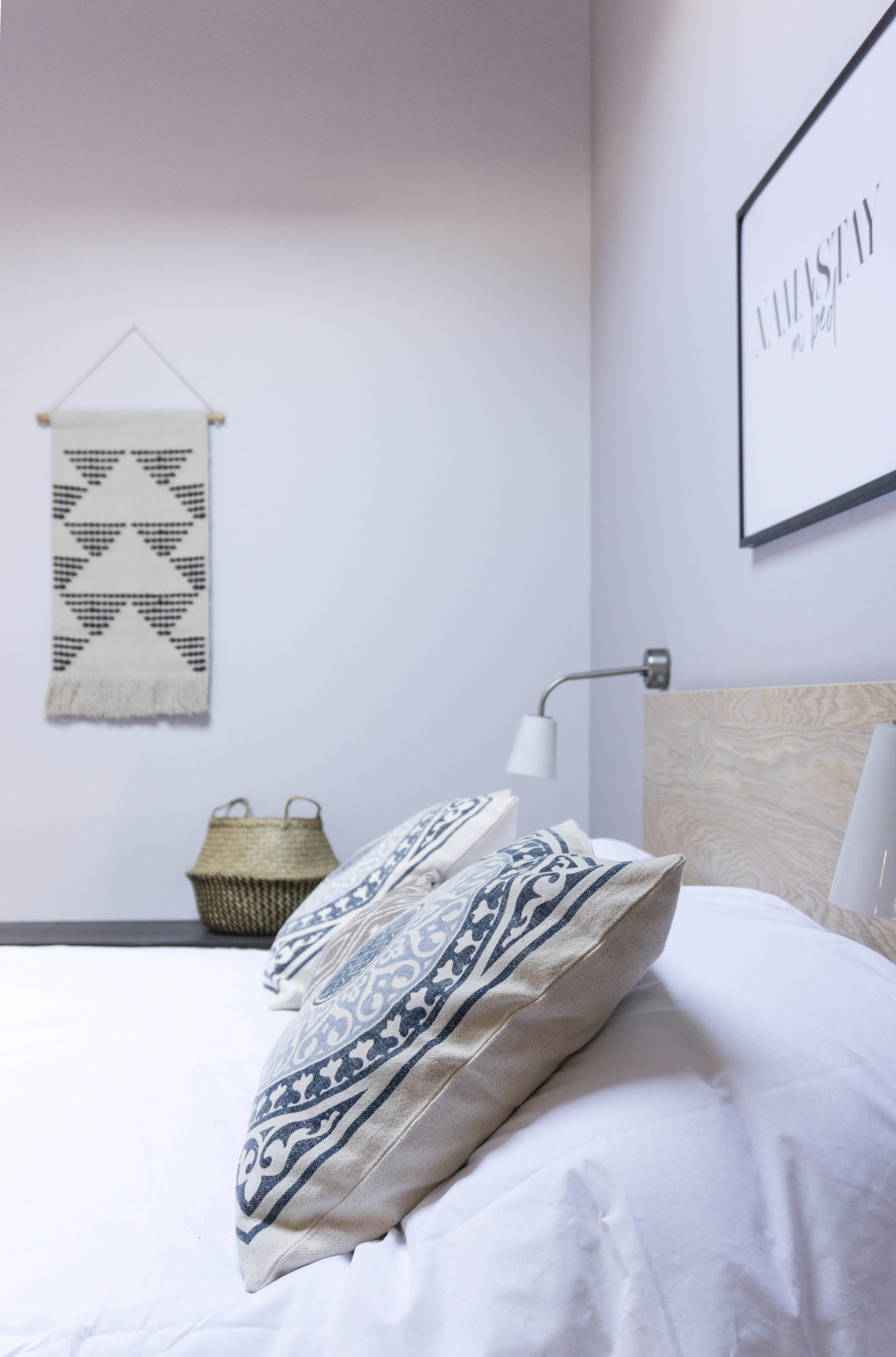 viviendas turisticas Madrid emmme studio slow design Guadarrama dormitorio 02.jpg