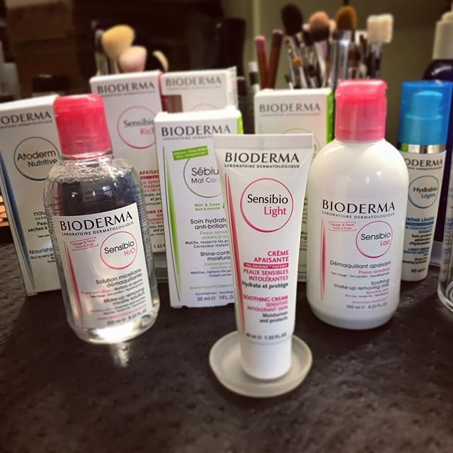 One of my ride or dies when it comes to skin care and prep  @biodermausa your amazing support is greatly appreciated. Talent is living for your products!  #bioderma #biodermausa #skincare #skinprep #makeup #makeupkit #makeupstation #setup #workspace #mua #filmshoot #bts #makeupporn #beauty #makeup #featurefilm #cosmetics