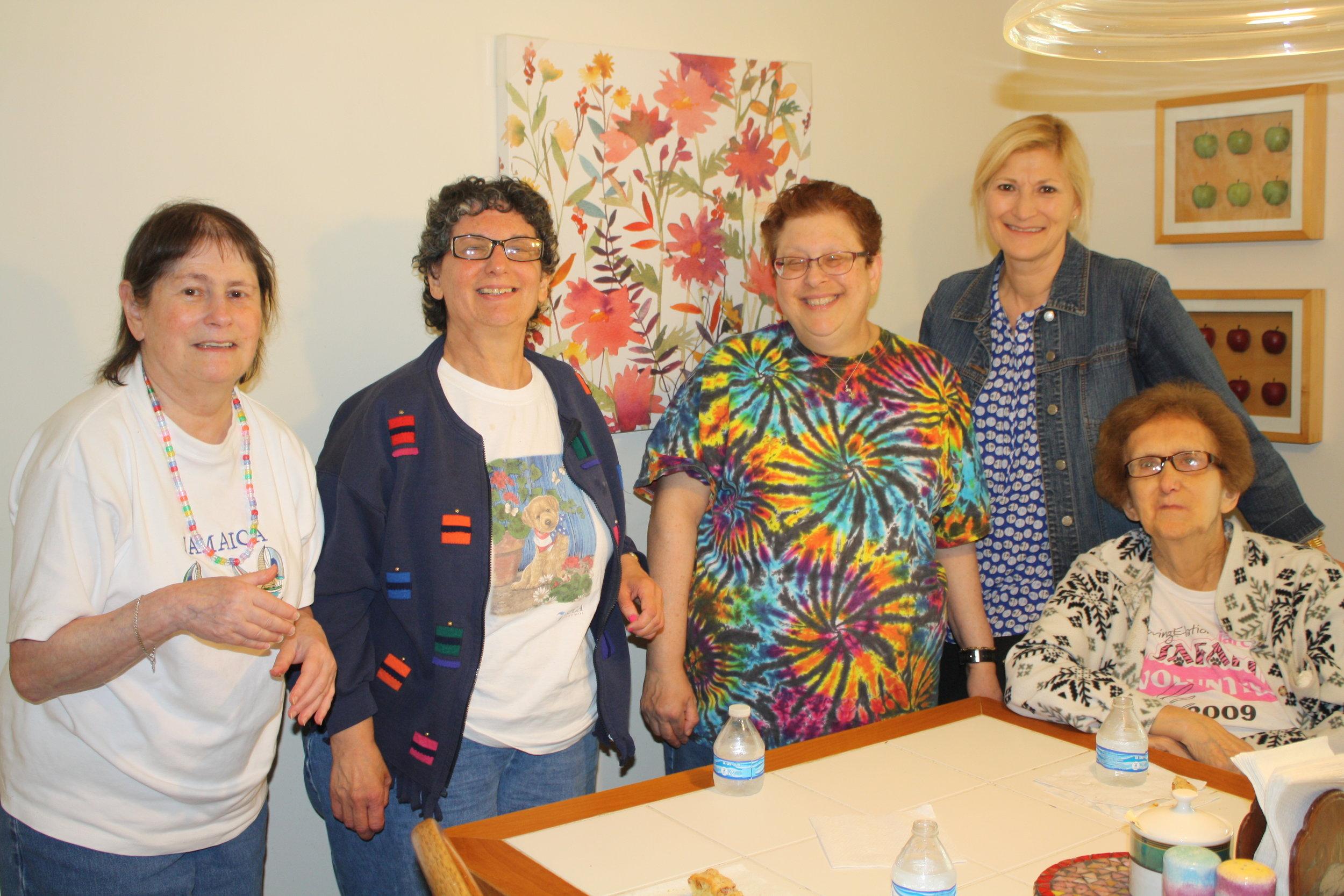 Teri Orbuch with Keller Walch ladies.JPG