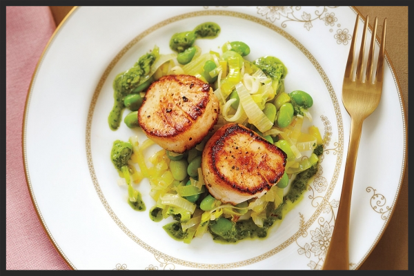 Lemon Herb Scallops - Photo: Joe Kim/TC Media