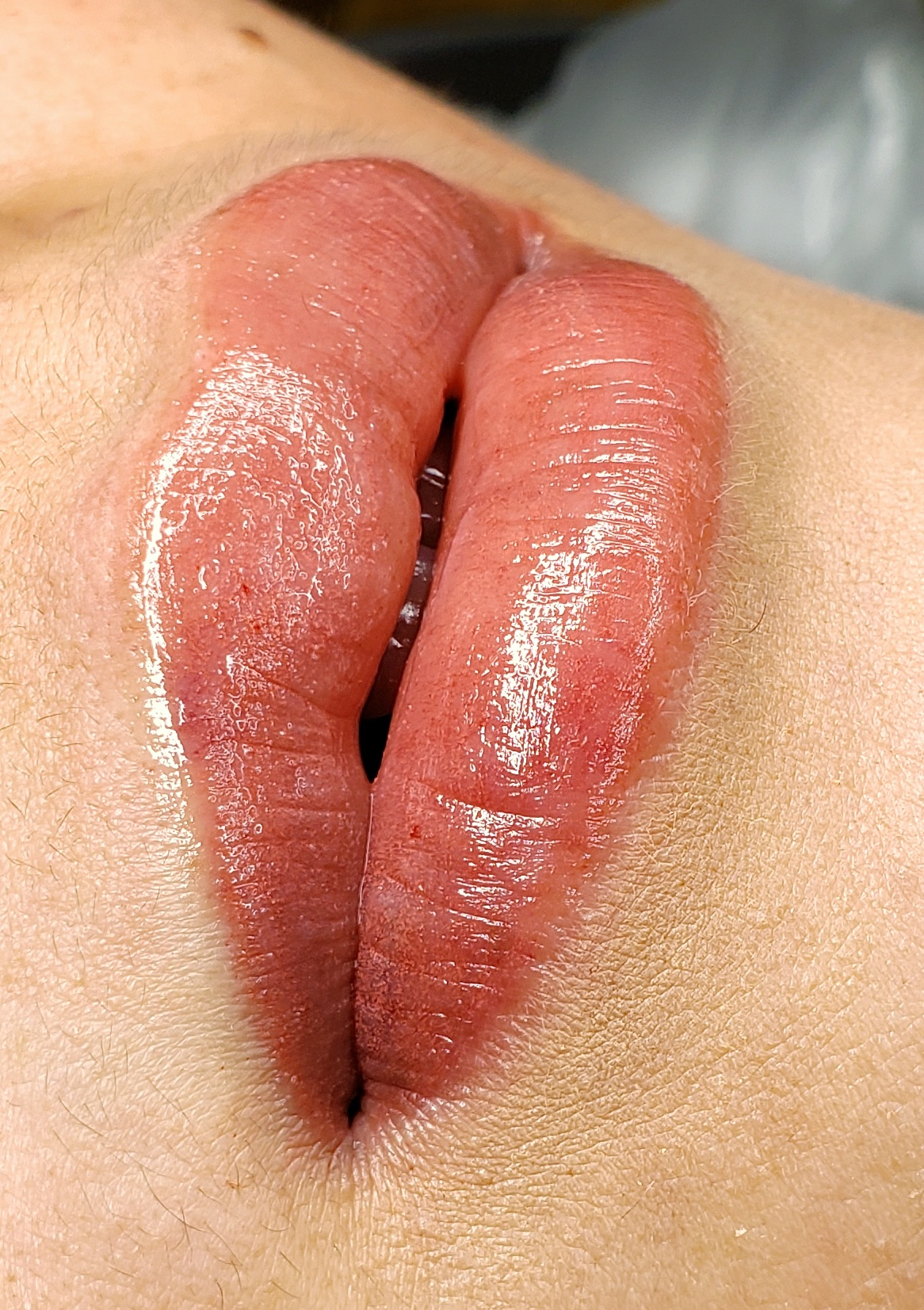 LIP BLUSH REQUIRES AT LEAST 2 SESSIONS. - ***YOU MUST BOOK BOTH SESSIONS***This is important to achieve best results and both must be booked in order to proceedSESSION 1: Initial SessionSESSION 2: 6-8 weeks Perfect Touch-Up
