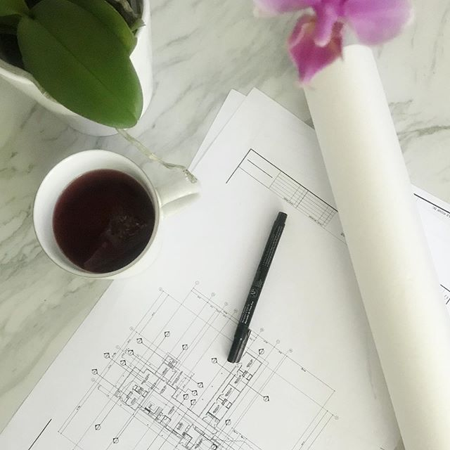 New plans + trace paper + tea = designer bliss. Or at least in my world! New plans bring on new challenges, but that's always the fun part. There's always an answer and everything is figureoutable (#marieforleo) Our goal is to always find ways to make living in your space, functional and of course beautiful! So bring it on! #welovewhatwedo #Keds #design #floorplans #interiors #figureoutable #luxury #highend #roomwithaview #vancouverbc #westcoast