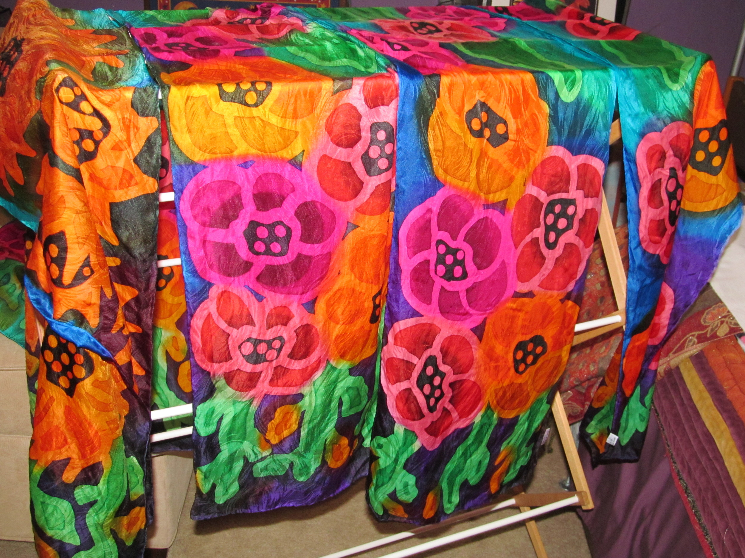 Hand painted silk scarves a dryin'!