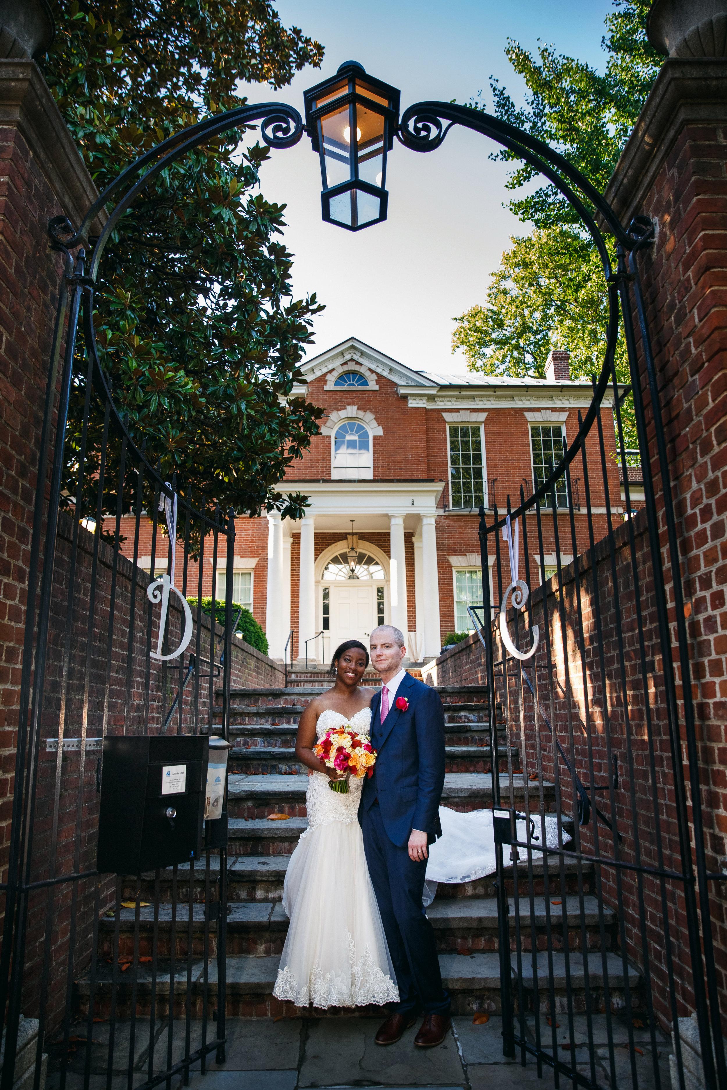 dumbarton house wedding intimate summer DC wedding pictures (6).jpg