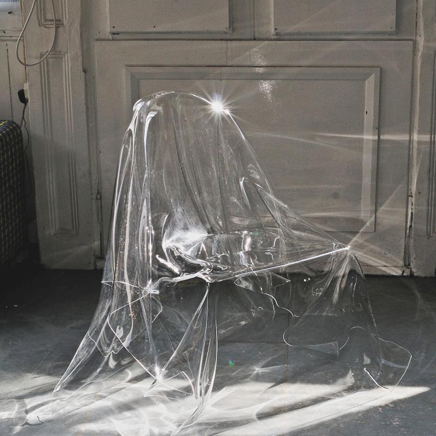 bodegathirteen-mondaymood-clear-chair.jpg