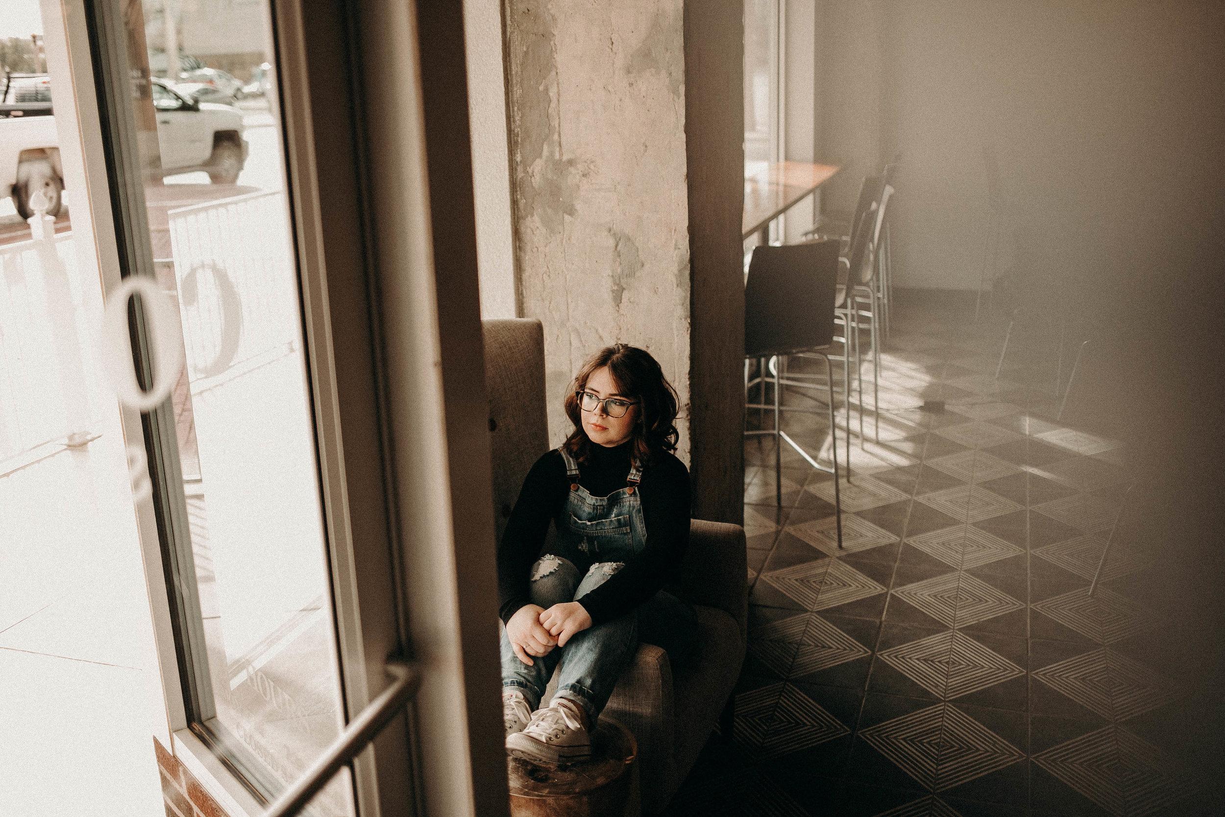 Kailee Ann Photography | Lubbock Texas Portrait & Grad Photographer | The Coffee Shop Lubbock | Samantha
