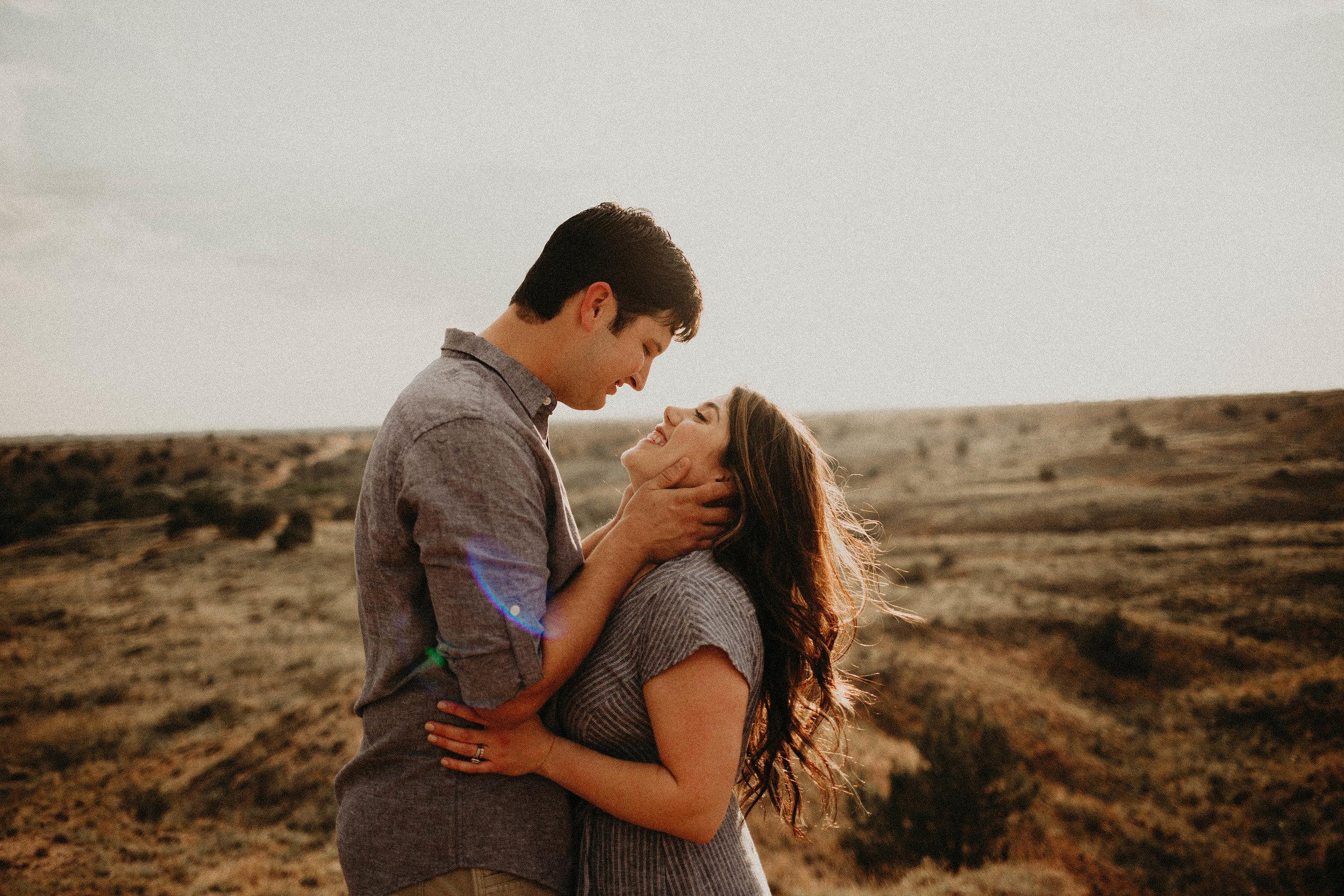 Best Wedding Photographer in Lubbock Texas   Kailee Ann Photography   Best Engagement Photographer in Lubbock Texas