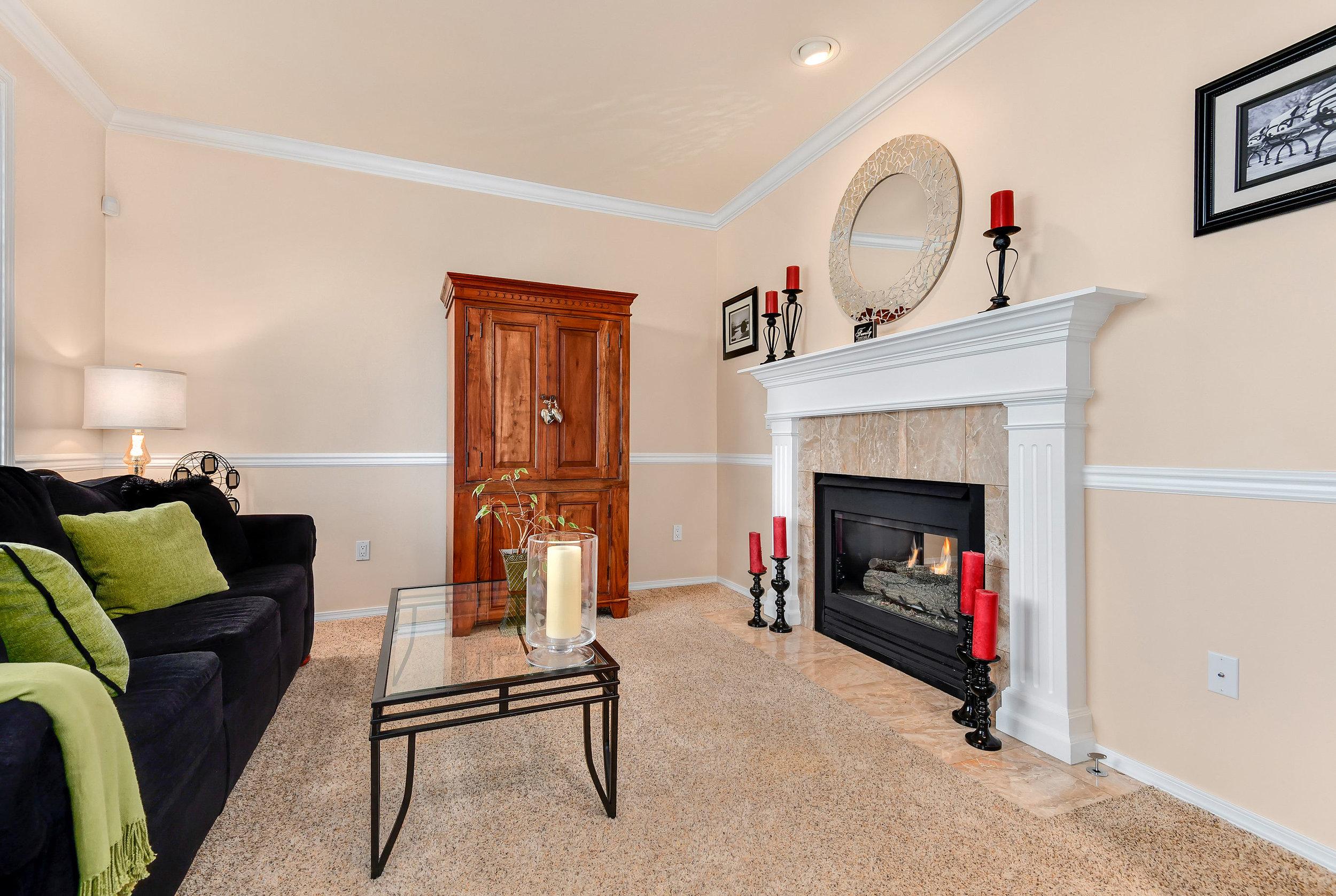 4225 NE 8th Street Renton WA (4).jpg