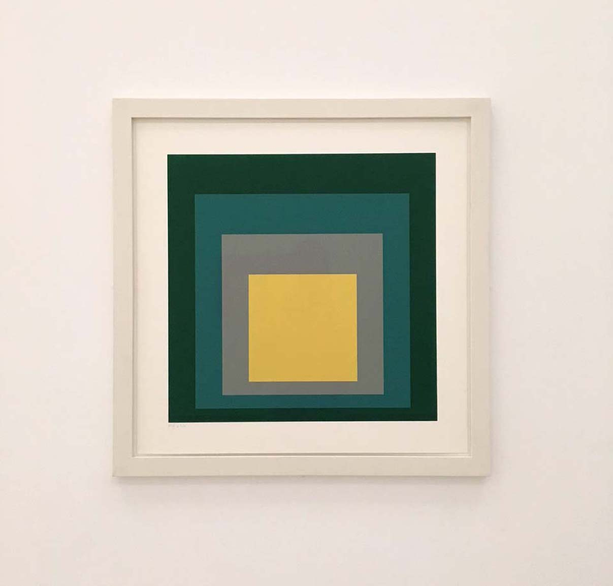 Joseph Albers, Homage to a Square