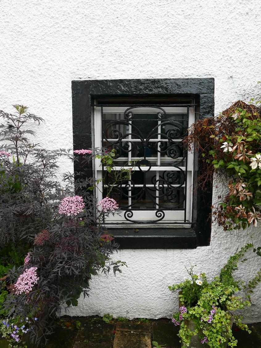 Scottish window