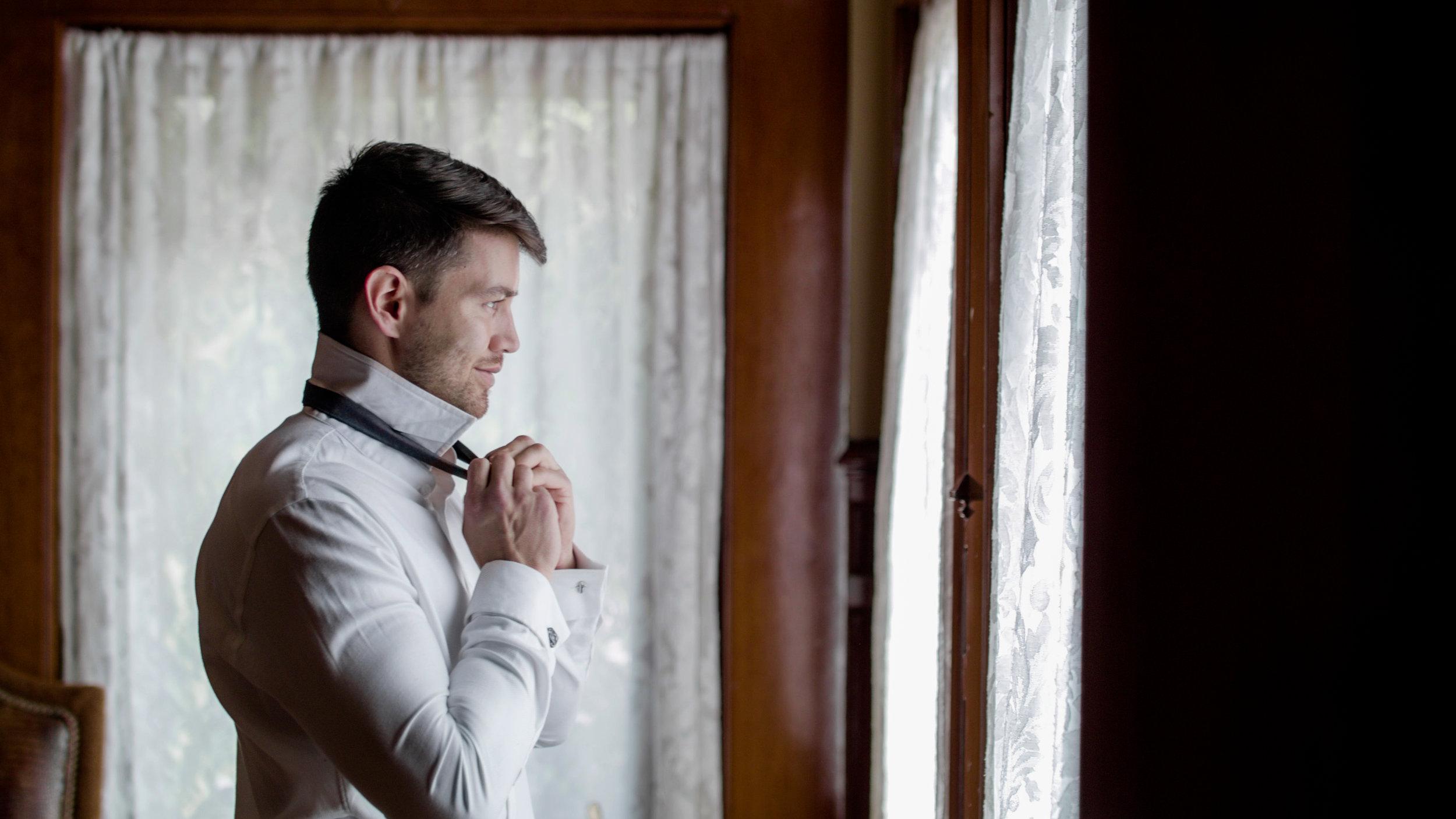 """Erik """"The Groom"""" doing his best James Bond."""