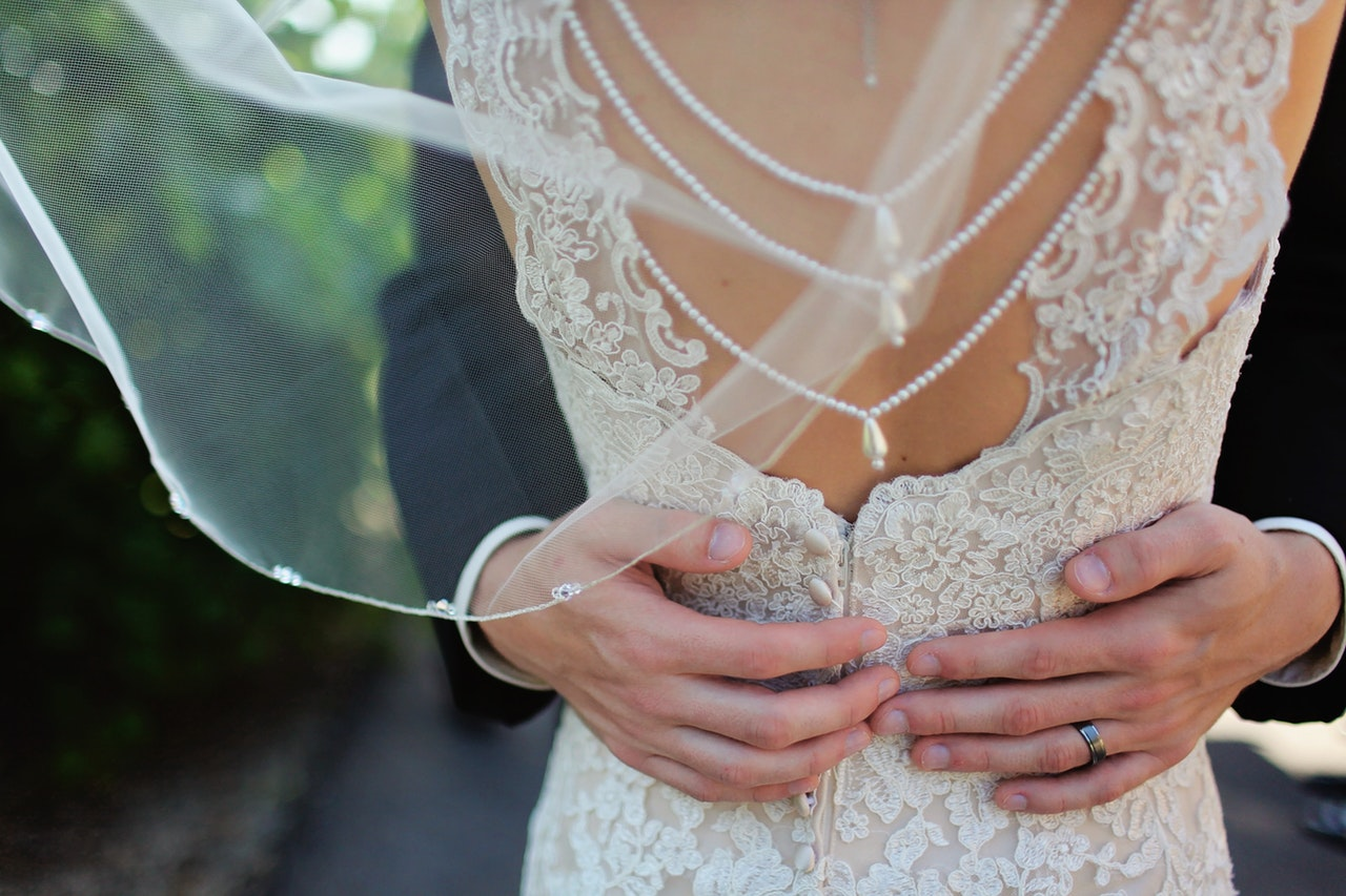 Tips to keep you relaxed on your wedding morning