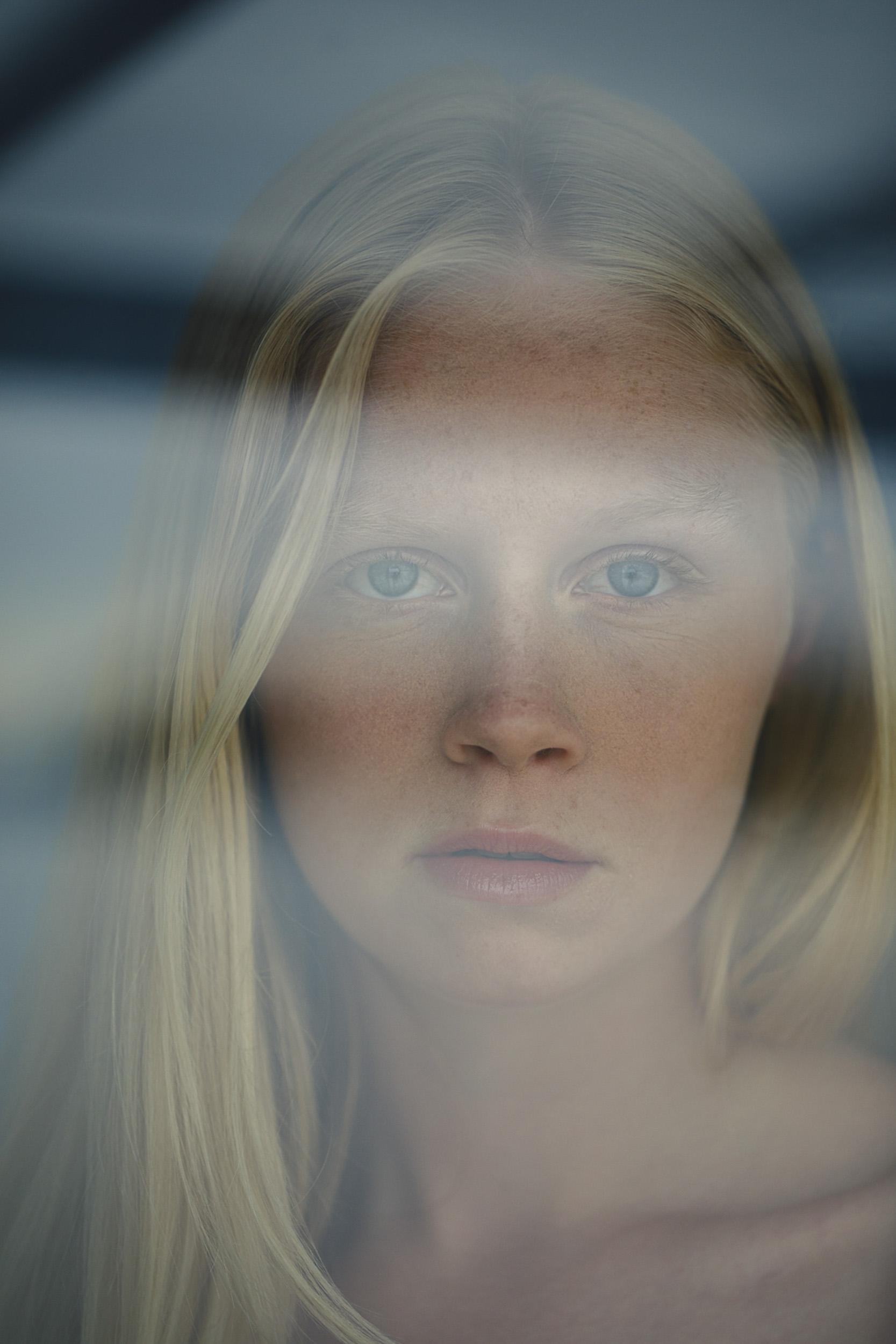 vancouver-environmenal-portrait-photographer-kyrani-kanavaros-13.jpg