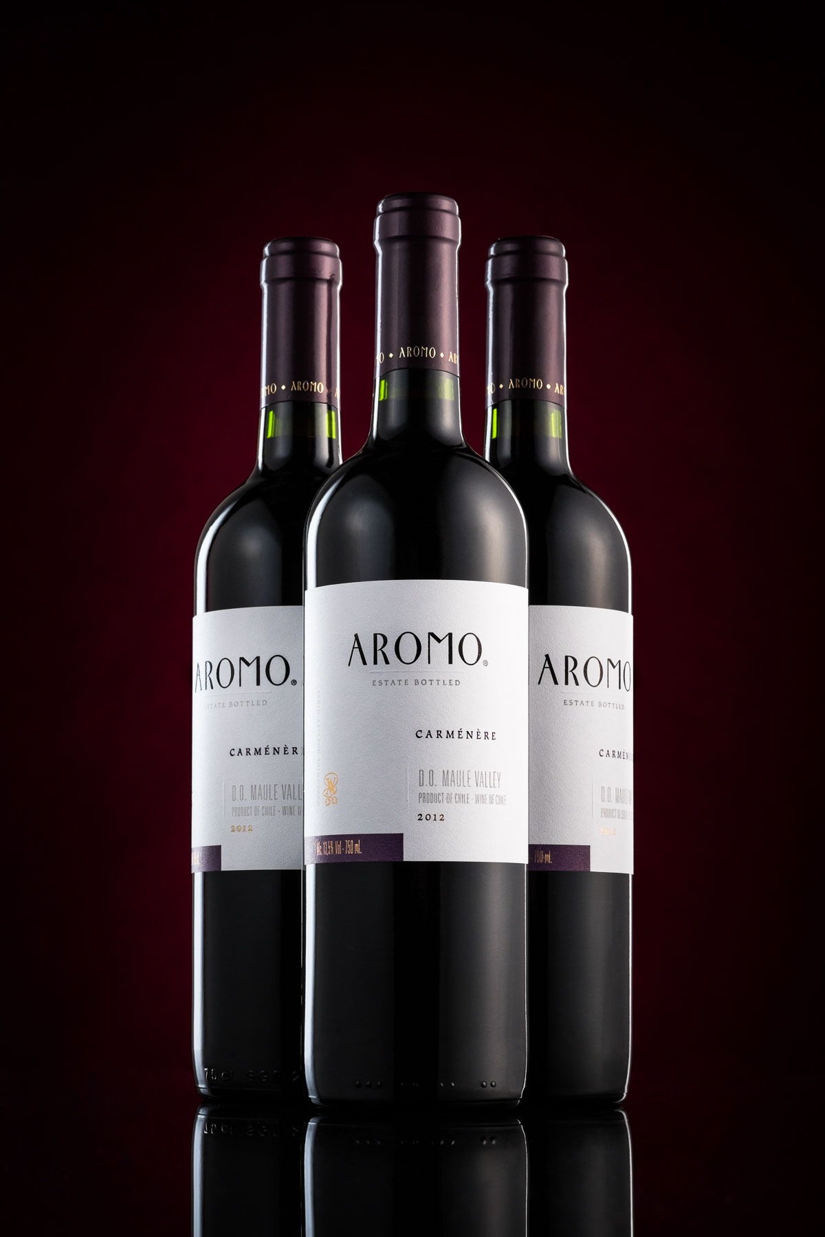 Aromo red wine bottles