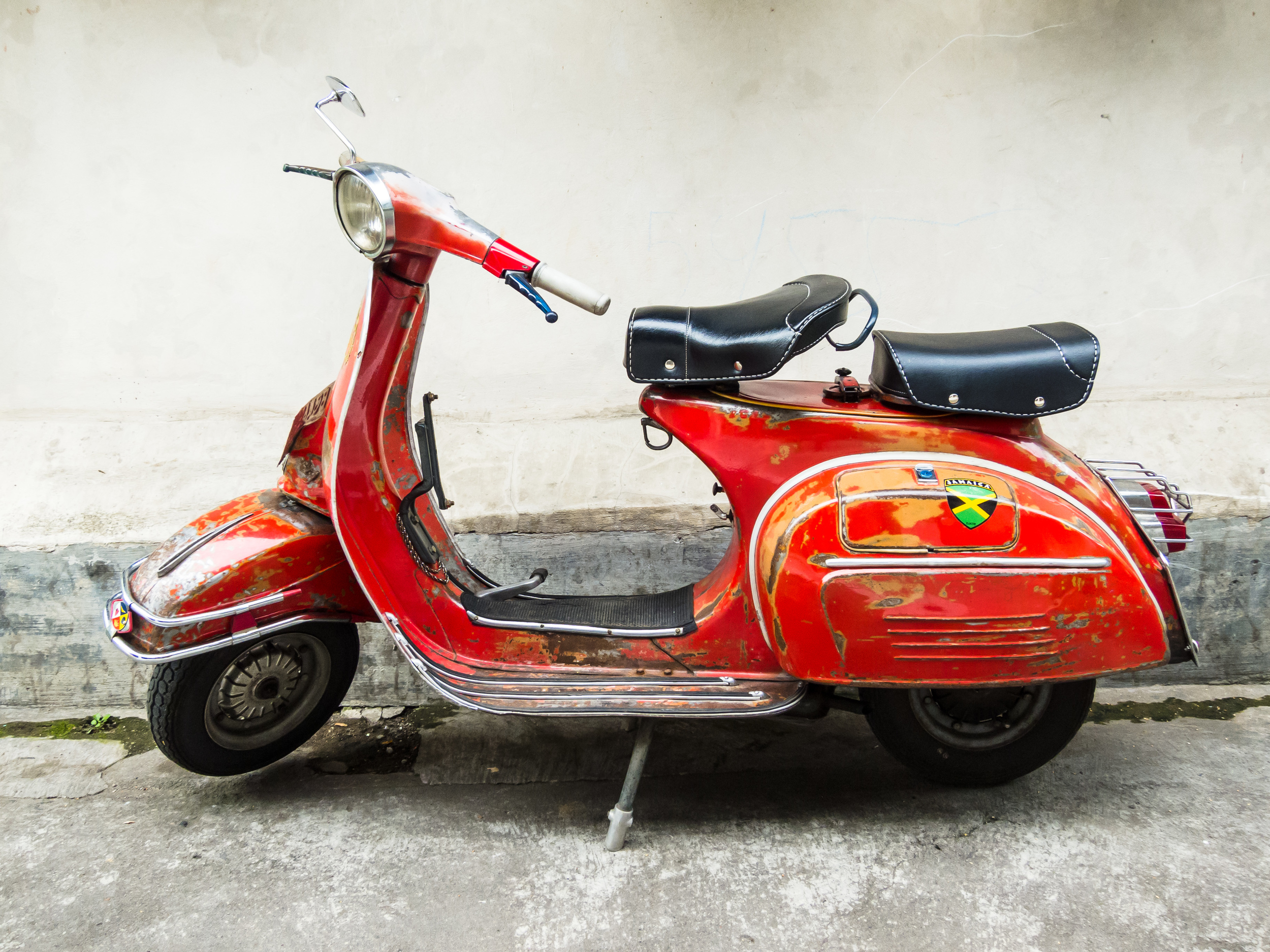 old-scooter.jpg