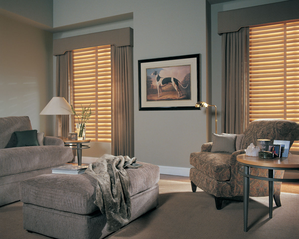<p><strong></strong>Parkland Classic Blinds