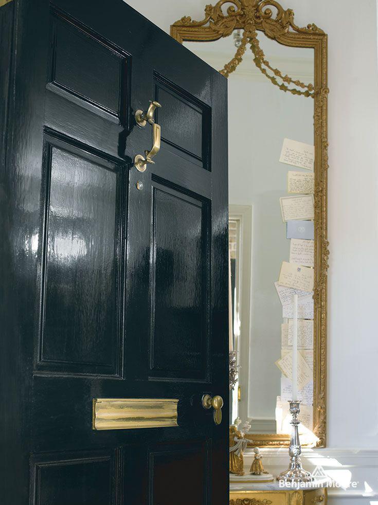 <p><strong></strong>Benjamin Moore Aura 10 Downing Street High Gloss
