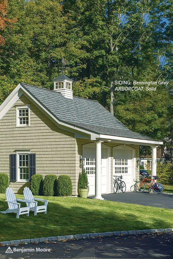 <p><strong></strong>Benjamin Moore Exterior Stain