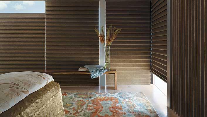 Fabric: Newport Linen, Colour: Catalina