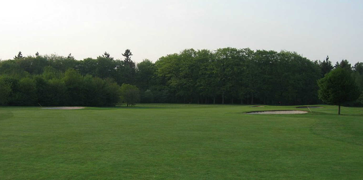 Hole 13 before viewed from the beginning of the fairway