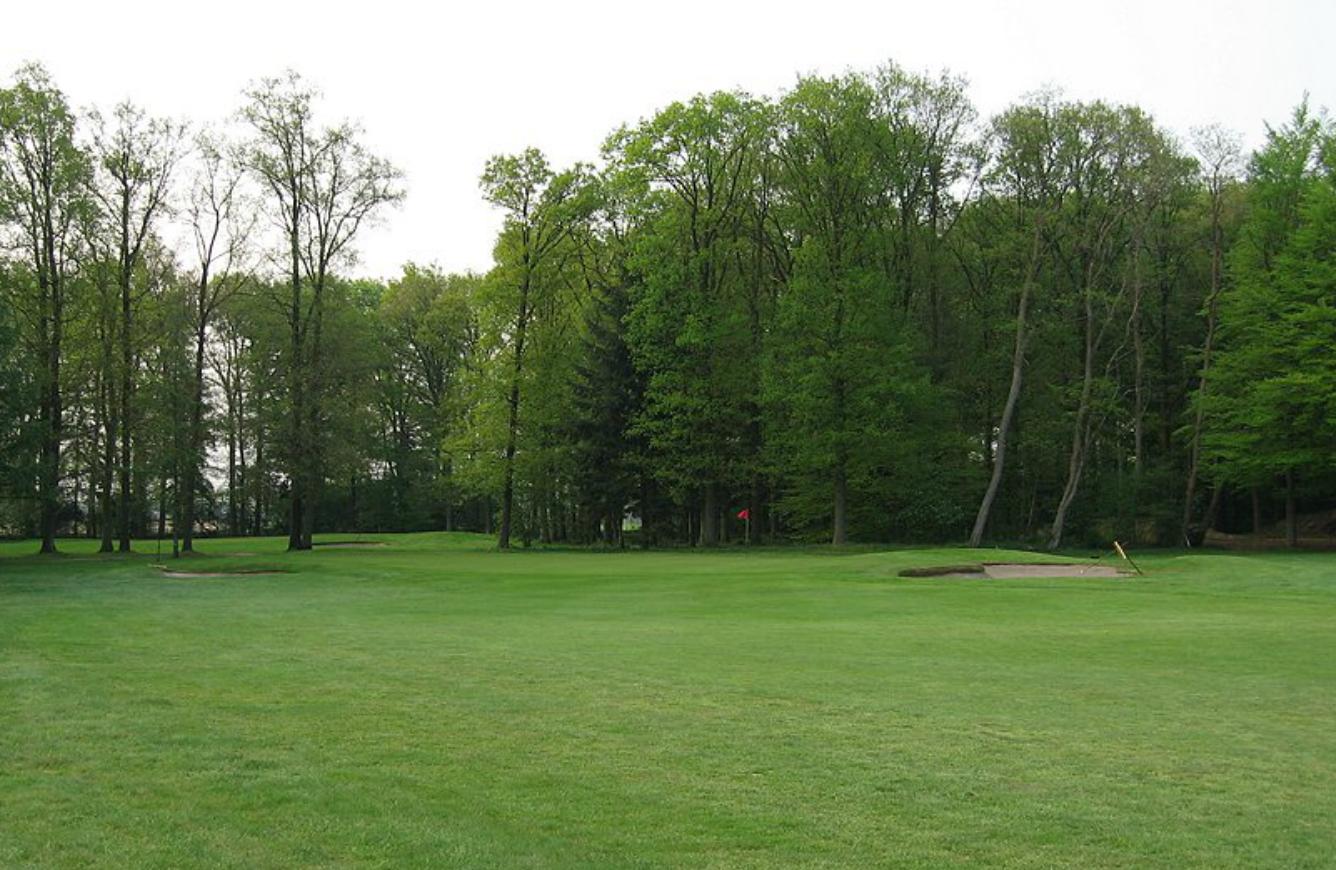 Hole 16 before nearer the green
