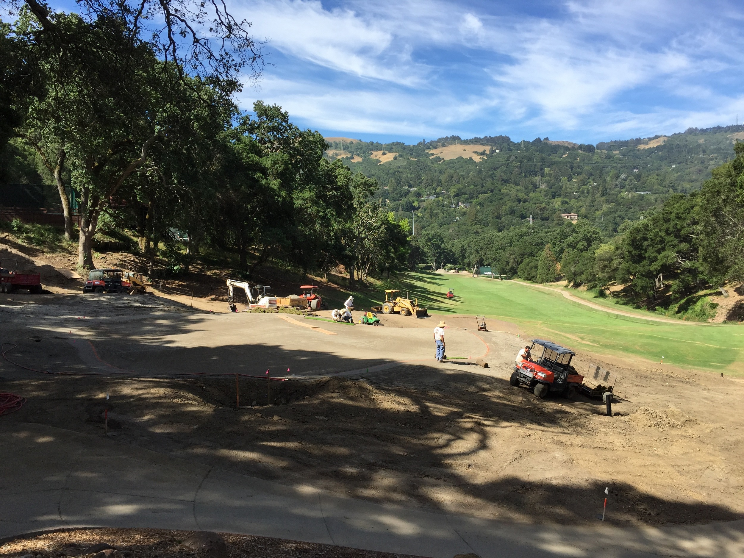 hochstein-design-orinda-cc-hole-18-finishing-3.jpg