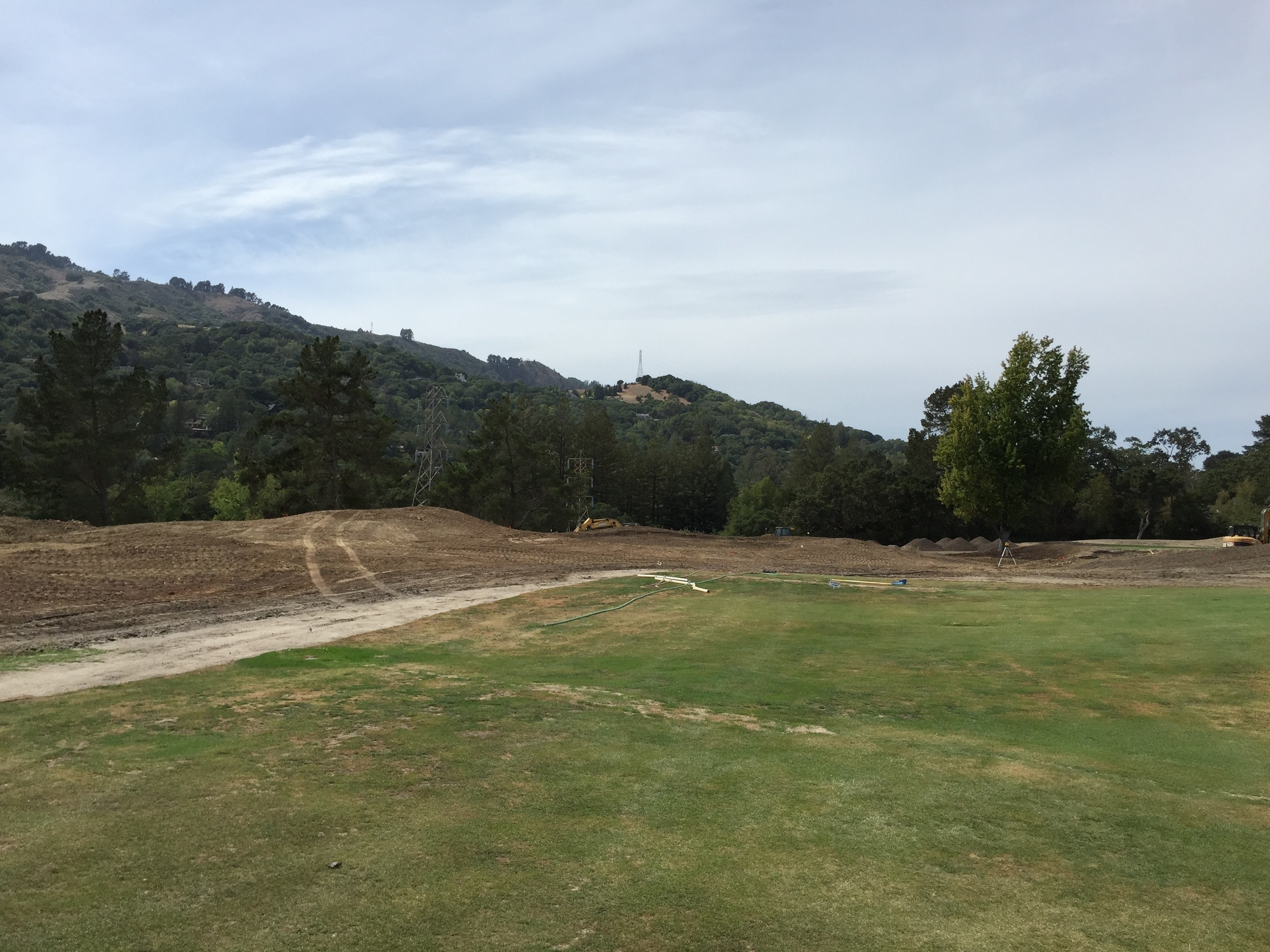 hochstein-design-orinda-cc-hole-12-construction-3.jpg