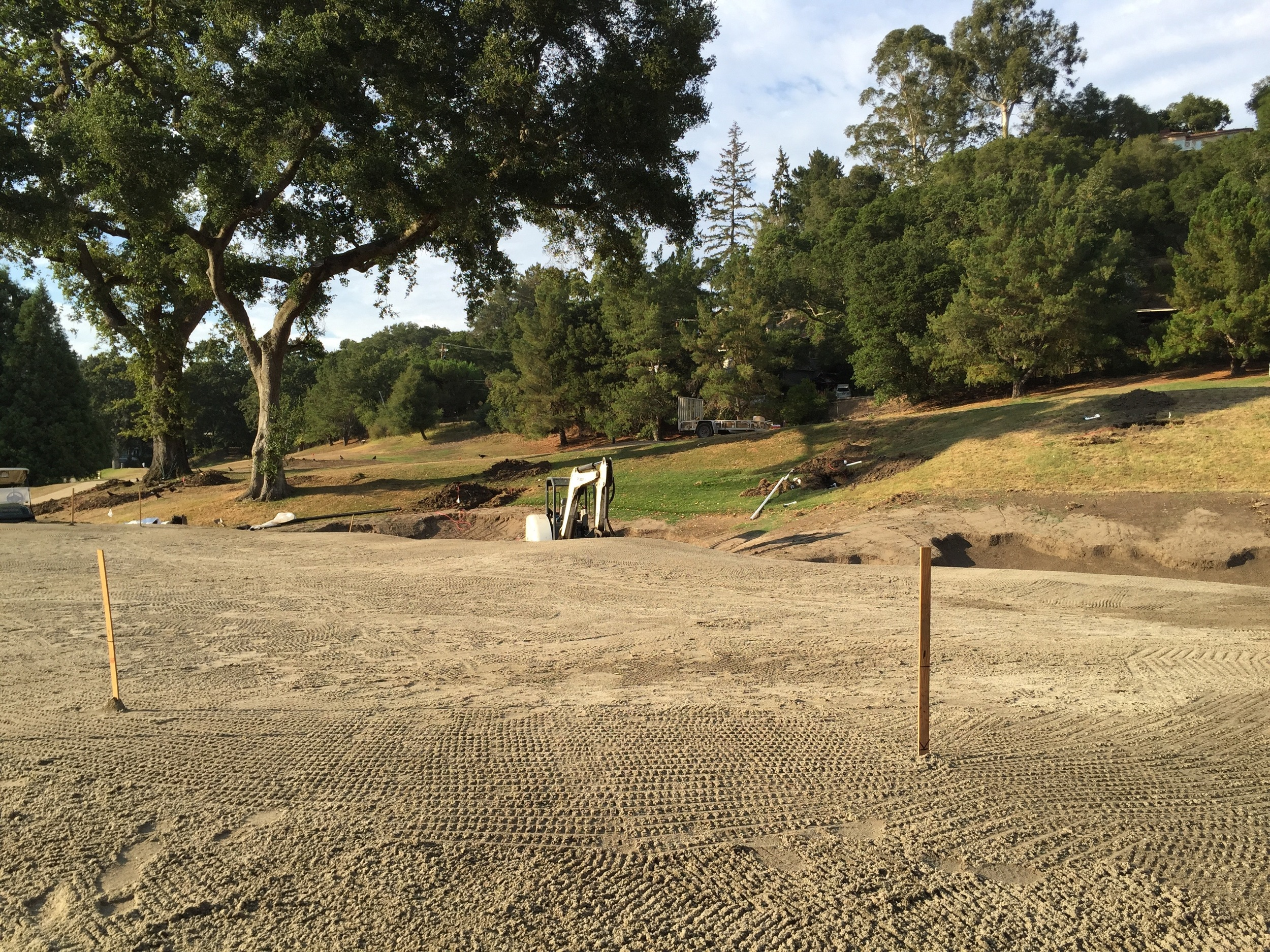 hochstein-design-orinda-cc-hole-8-construction-12.jpg