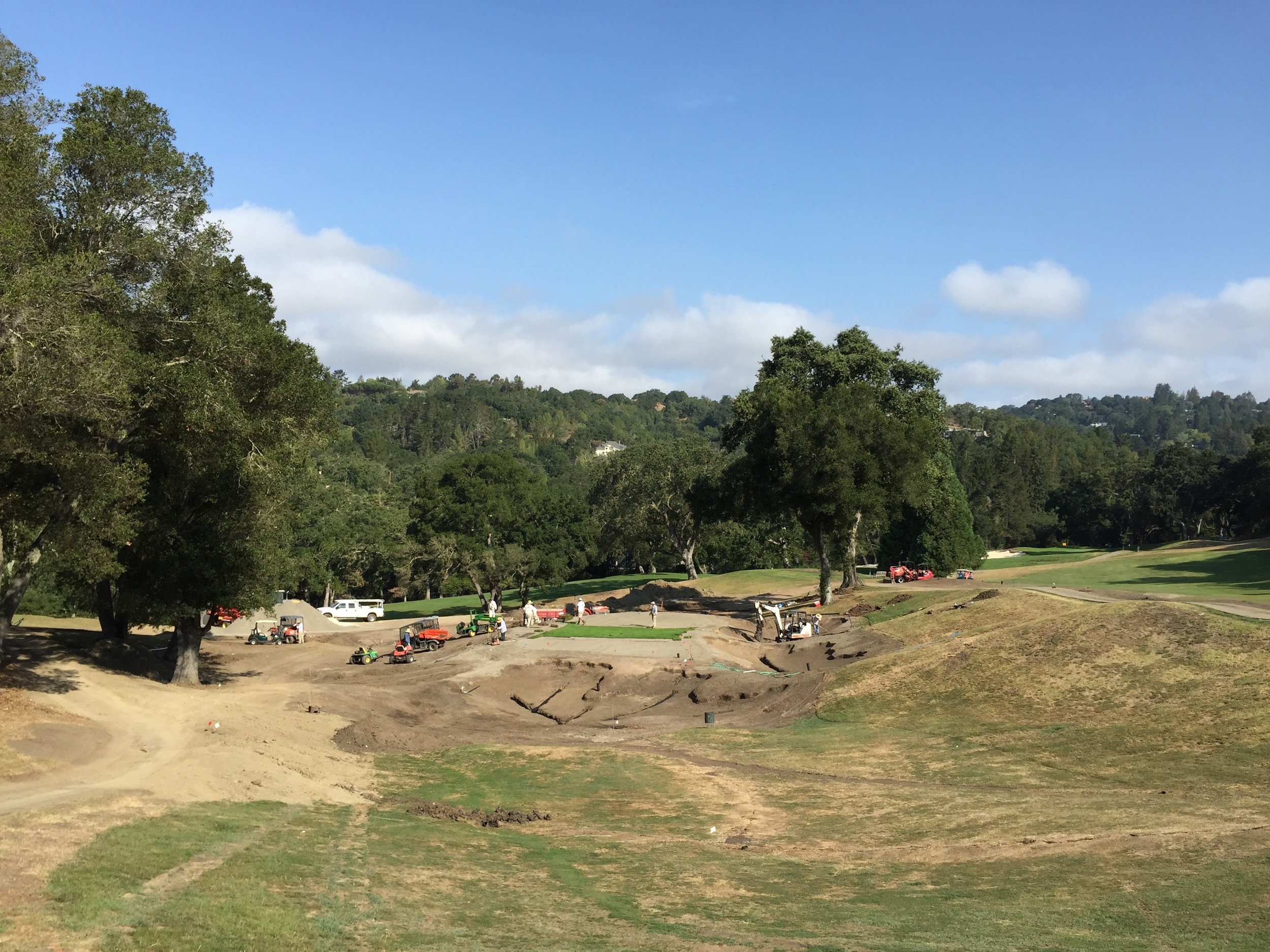 hochstein-design-orinda-cc-hole-8-construction-14.jpg