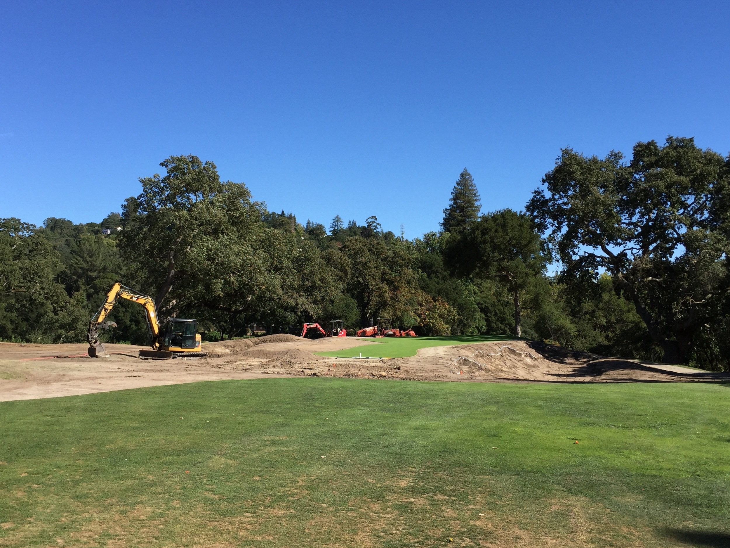 hochstein-design-orinda-cc-hole-14-construction-4.jpg