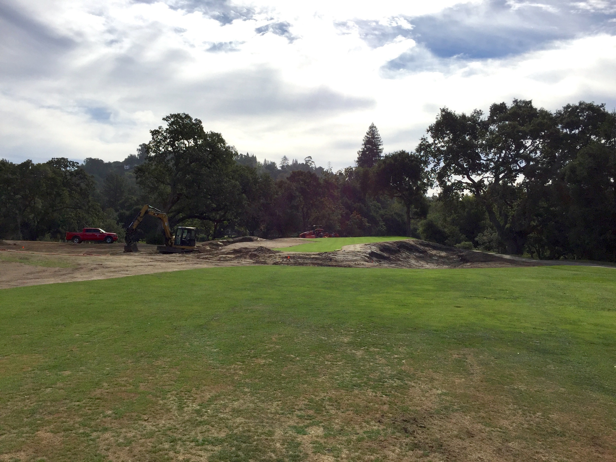 hochstein-design-orinda-cc-hole-14-construction-5.jpg