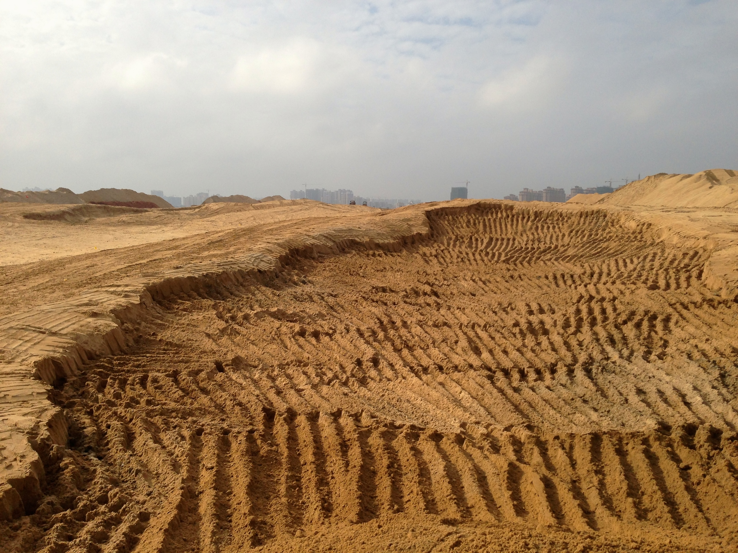 """The biggest bunker I've gotten to build to date is this massive """"don't hit over here"""" bunker on the 18th hole."""