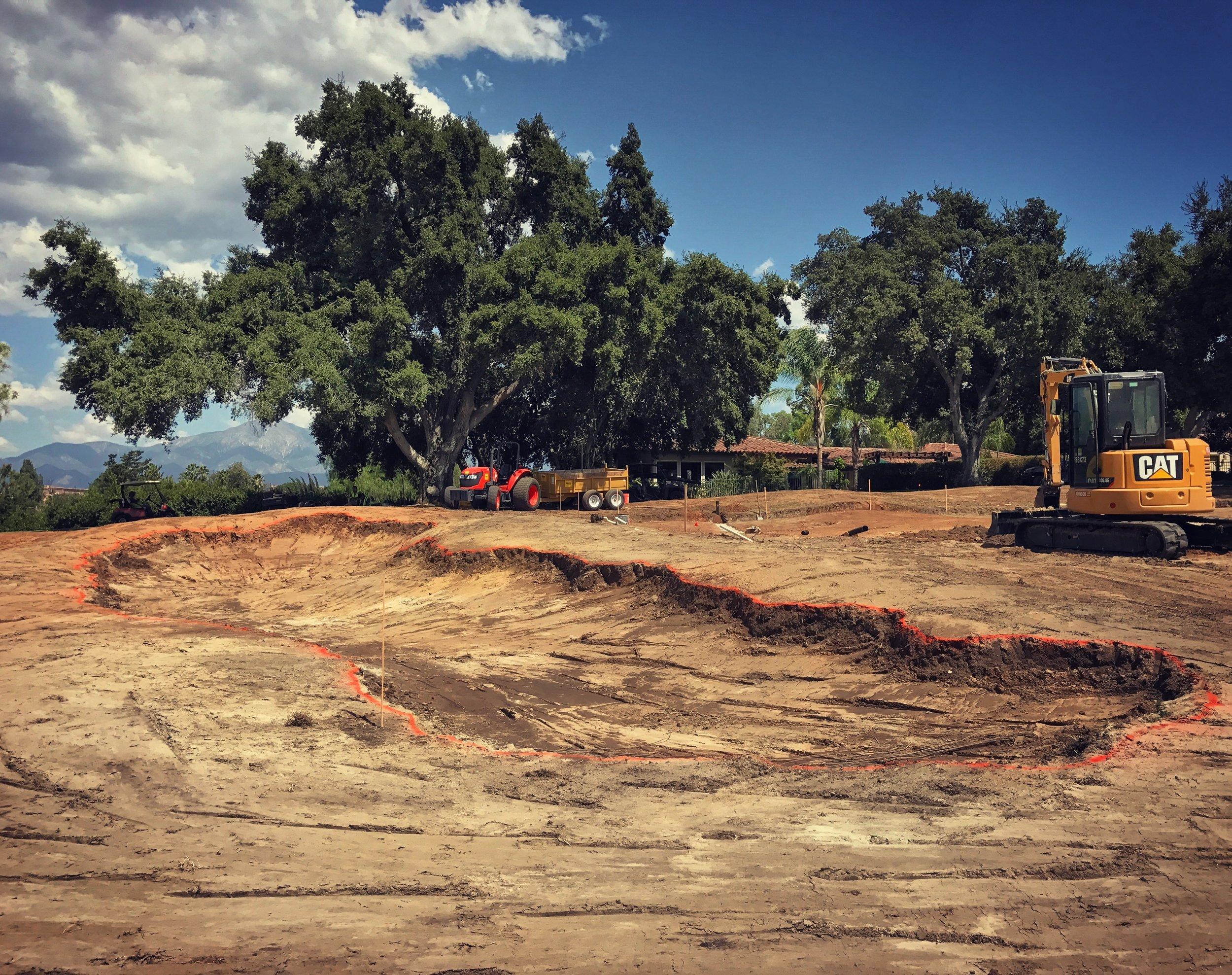 hochstein-design-2017-the-work-redlands-hole-2-left-bunker-shaped.jpg