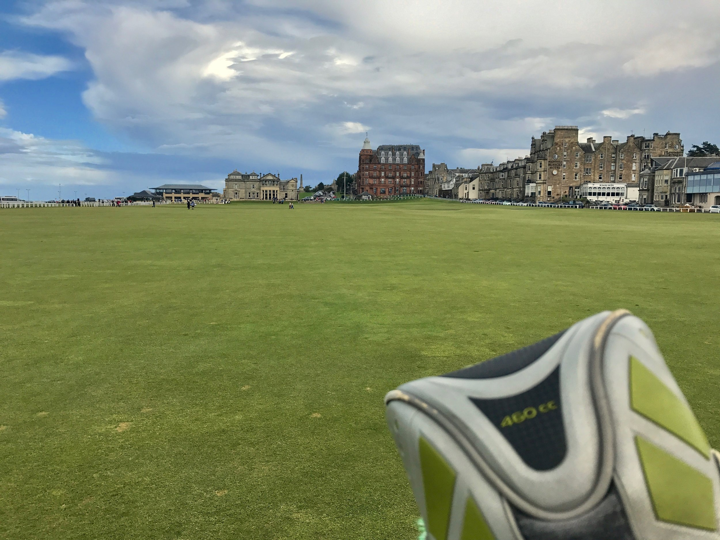hochstein-design-best-of-2017-part-3-st-andrews-old-course-playing-1.jpg