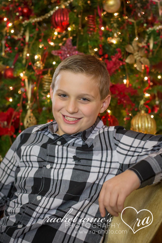 010_FAMILY_CHRISTMAS_PHOTOS_DUBOIS_PA.jpg
