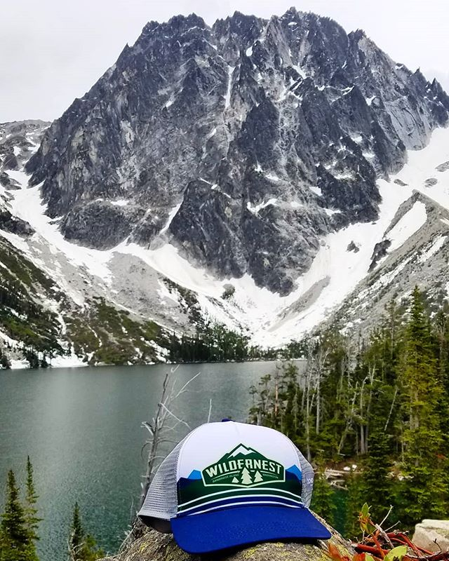Colchuck lake was a rad spot for a short but sweet backpacking getaway! Who is heading to the Enchantments this summer?! Come gear up with us! . #Wildernest #outdoorstore #shoplocal #shopsmall #98110 #bainbridgeisland #gearup #getoutside #explore #hiking #backpacking #pnw #mountains #enchantments #colchucklake