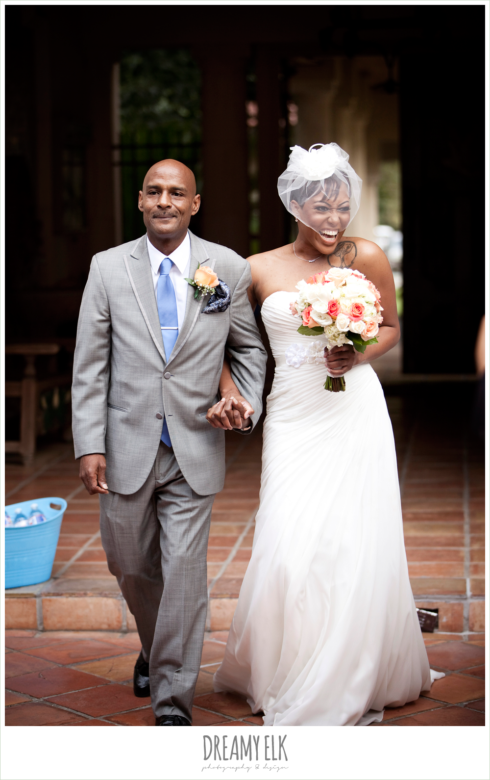 bride and dad walking down the aisle, pink and blue, northwest forest conference center, dreamy elk photography and design