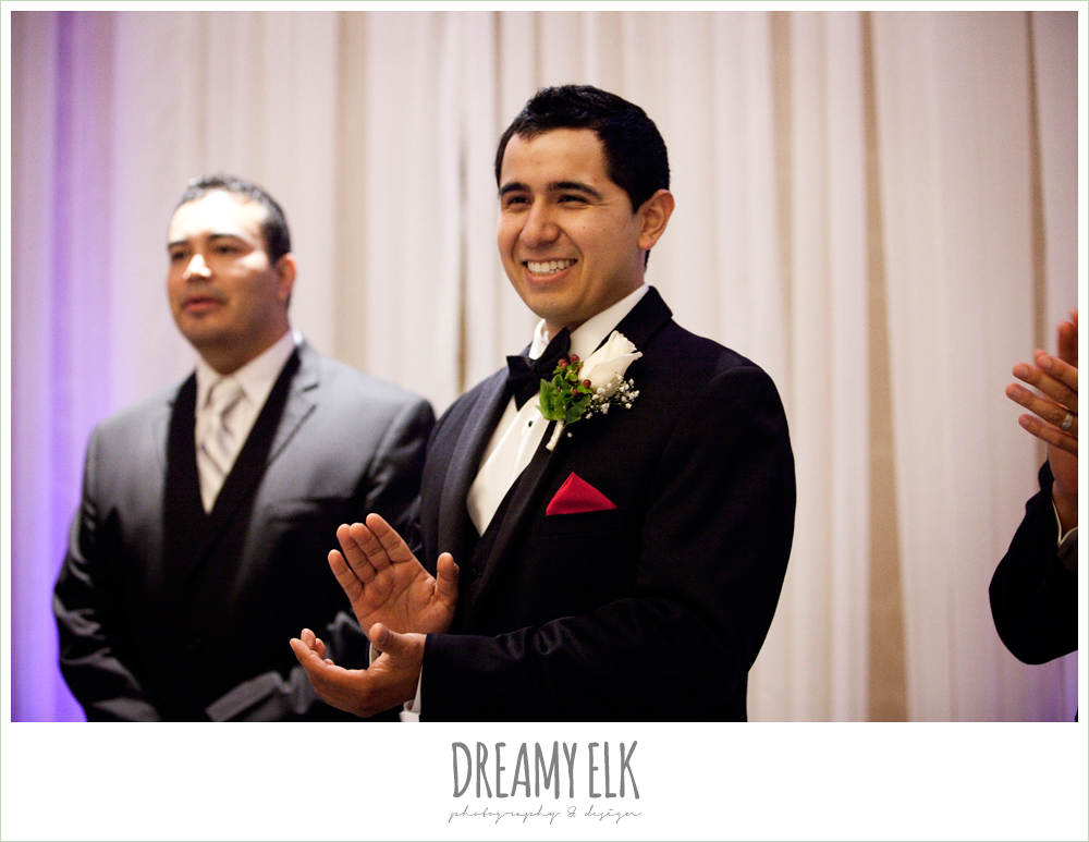 groom's reaction to bride walking down the aisle, dreamy elk photography and design