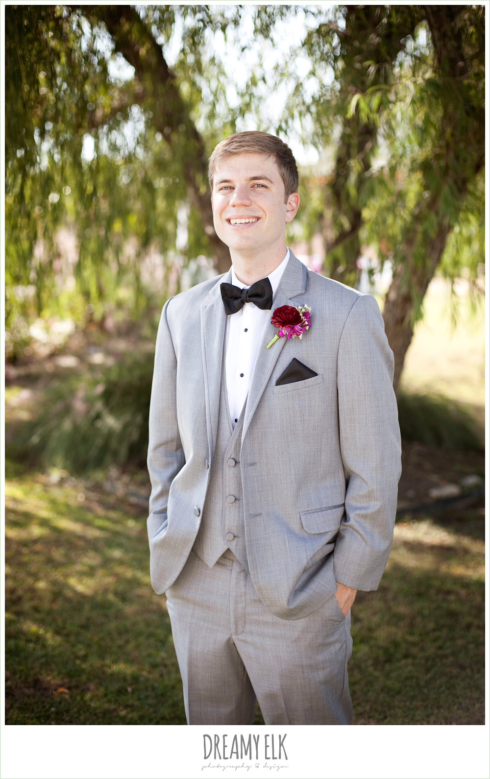 groom in gray suit, october wedding, inn at quarry ridge, dreamy elk photography and design