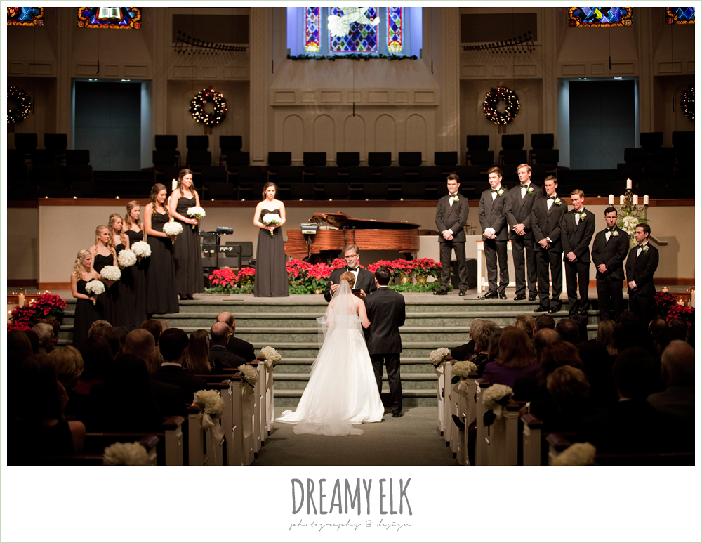 hyde park baptist church, winter wedding, austin wedding photographer, dreamy elk photography and design