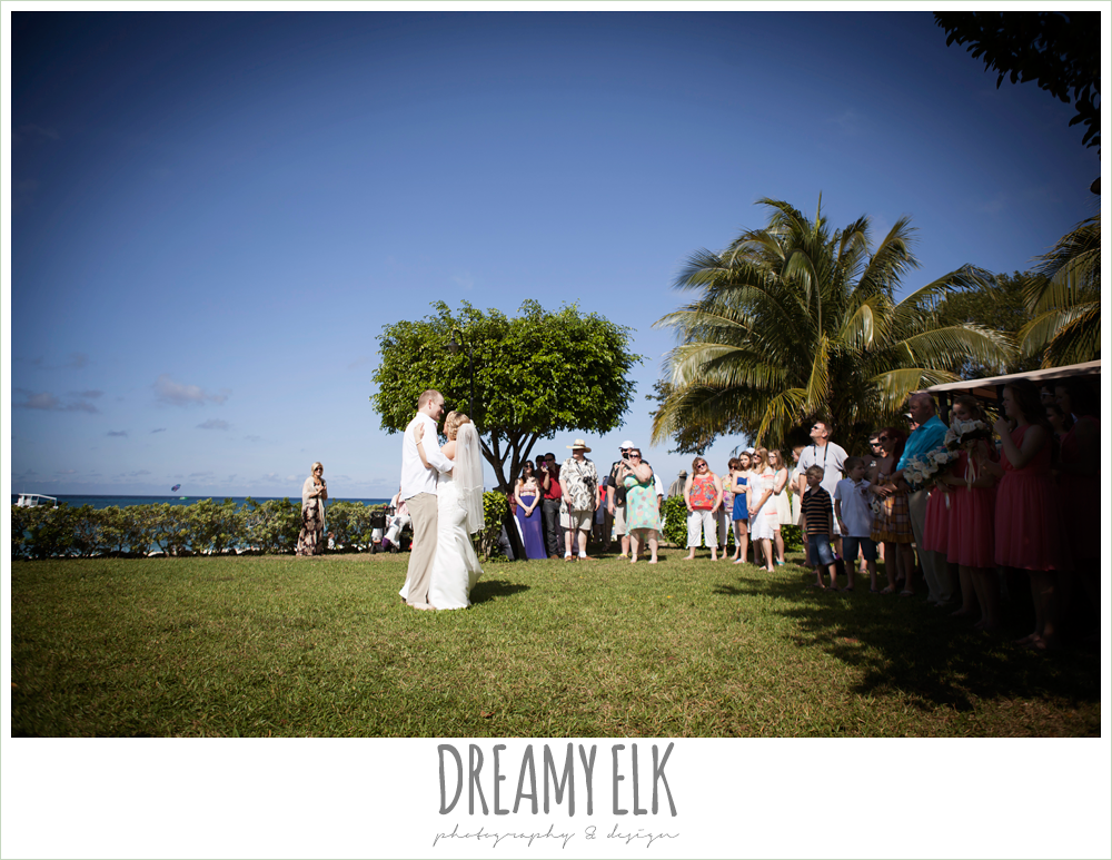 bride and groom's first dance, outdoor destination wedding, cozumel {dreamy elk photography and design} photo