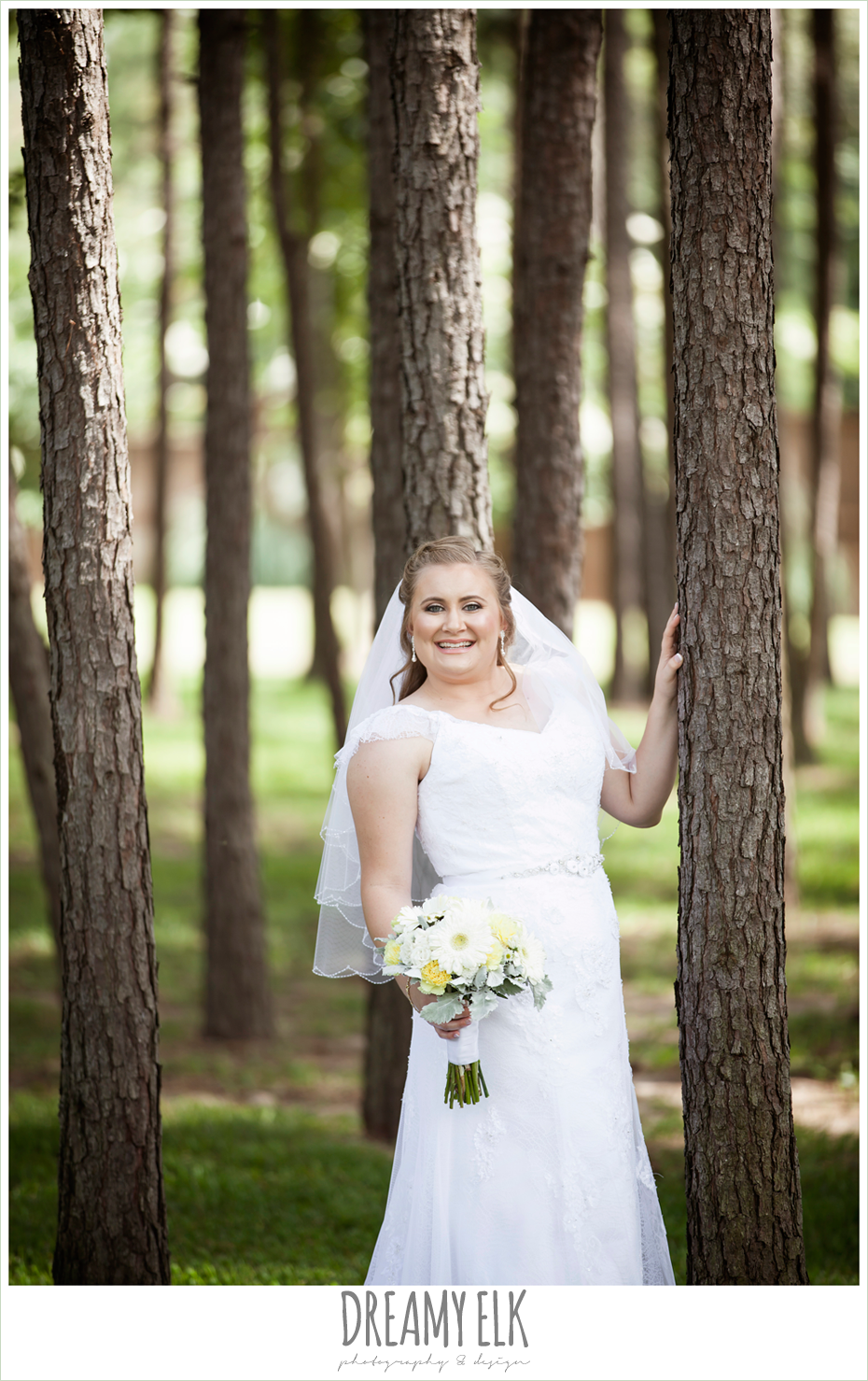 outdoor bridal portrait, amber springs summer wedding photo {dreamy elk photography and design}